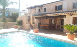 Langzeitvermietung: CH 03 — Neuwertiges Chalet mit Pool in Cala Santanyi