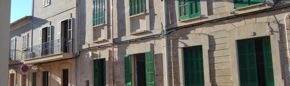 Bild zum Objekt: Unmöbliertes 150m² Dorfhaus mit 5 Zimmern, Terrasse und Garage