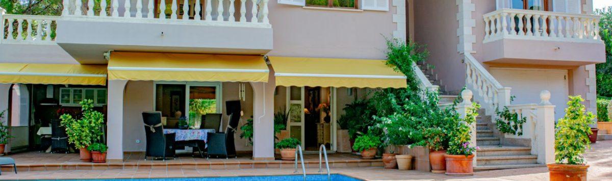 Bild zum Objekt: 330m² Villa zum Verkauf mit 7 Zimmern, 3 Bädern, Garage, Pool