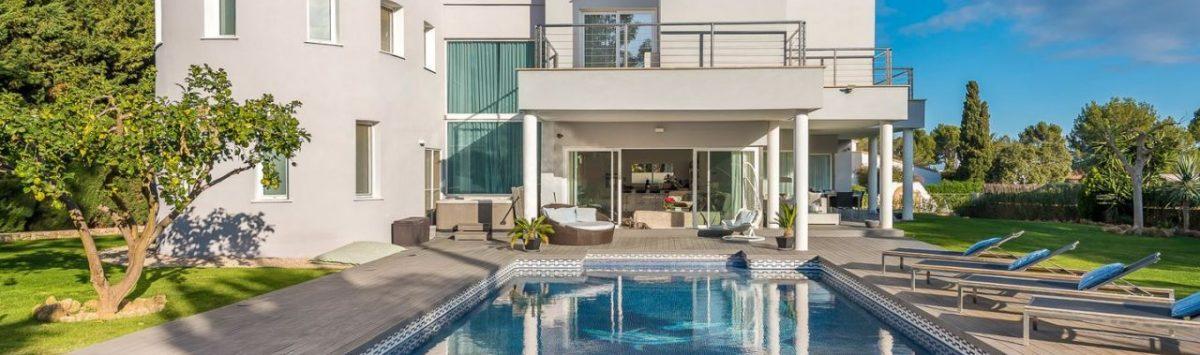 Bild zum Objekt: Moderne 430m² Villa zum Verkauf: 4 SZ, 4 Bäder, Garage, Pool