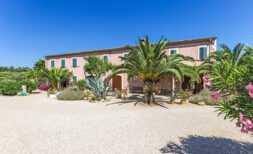 Wunderschönes gewerbliches Finca-Anwesen von ca. 30.000 m² – mit vielen Nutzungsmöglichkeiten