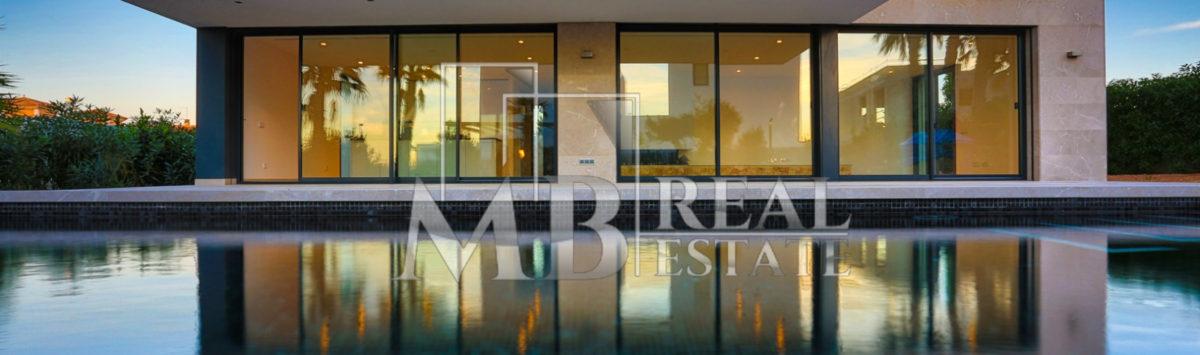 Bild zum Objekt: Luxusvilla zum Verkauf: 3 Zimmer, 4 Bäder, 2 Garagen; Neubau