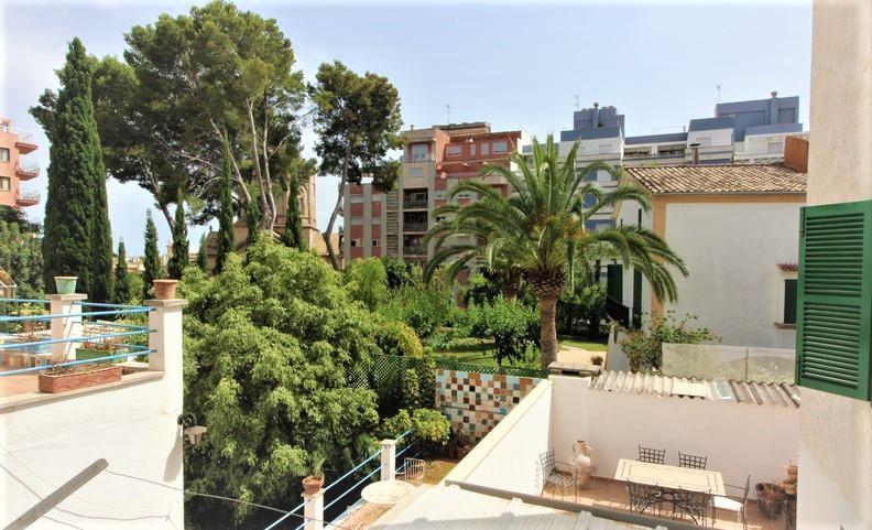 Feinstes Santa Catalina mit Balkon zum Sparpreis, möbliert