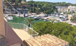 Altbau-Wohnung direkt am Hafen von Porto Cristo