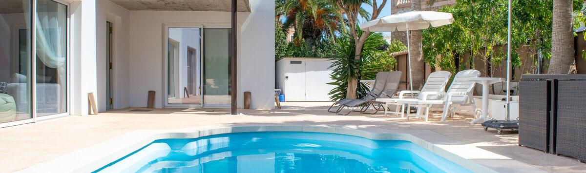 Bild zum Objekt: Renoviertes 120m² Haus mit 3 SZ, 3 Bädern & Pool zum Verkauf