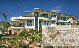 Luxusvilla in Santa Ponsa mit Aufzug und Meerzugang