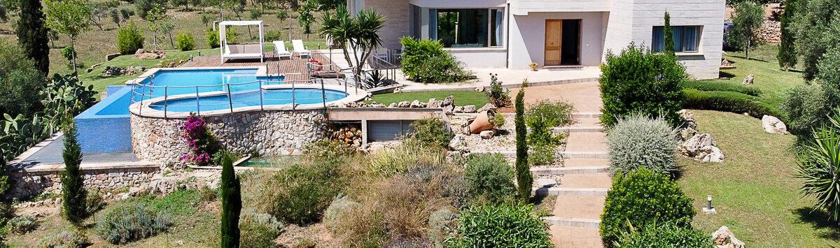 Bild zum Objekt: Finca mit 4 Zimmern, 2 Bädern, Pool & V.Lizenz zum Verkauf